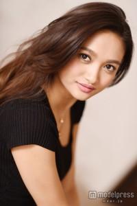 香川沙耶 モデル