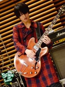 白井眞輝 ギター